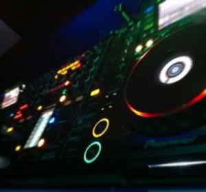 dj-gia-party-05
